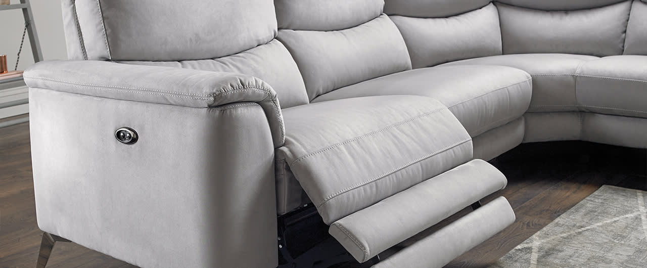 Sofa with power recliner control