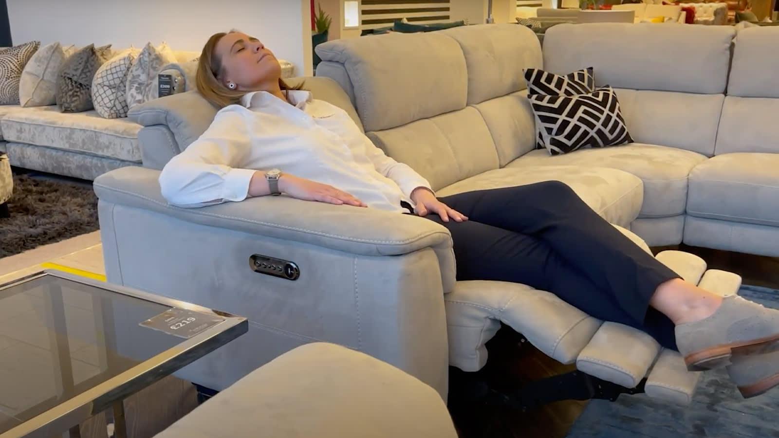 Sofology illinois recliner sofa