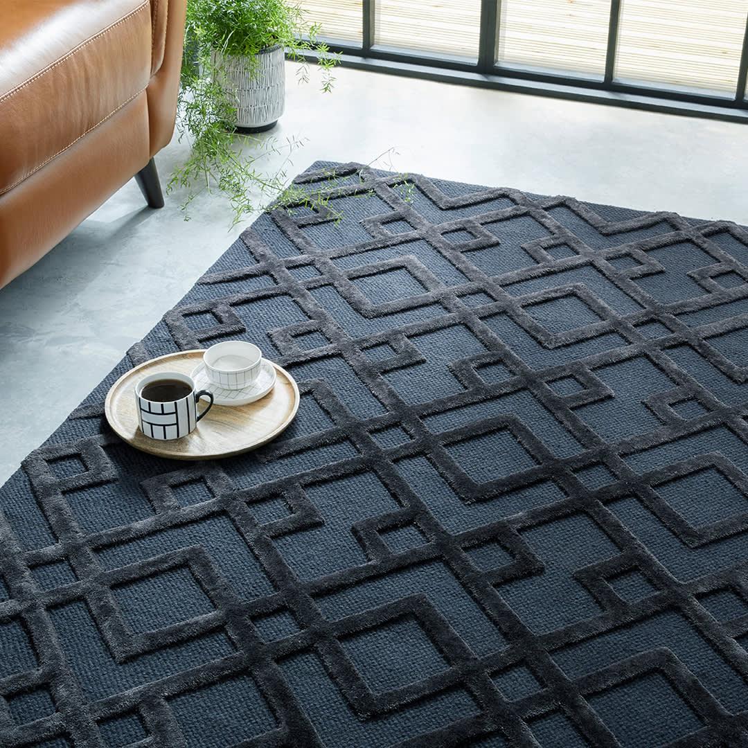 Dixon navy blue rug